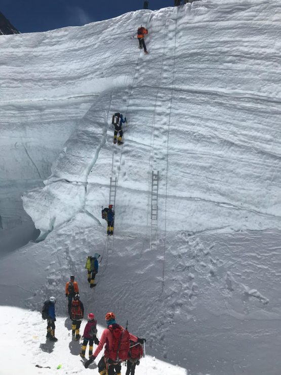 Icefall between Camps 1 & 2 - Everest acclimatisation rotation 1