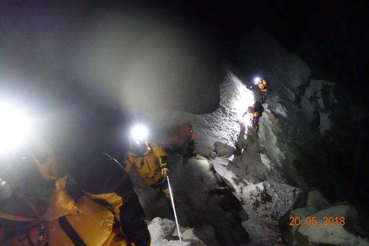 On the Cornice Traverse toward the summit - Epic Everest Expedition 2018