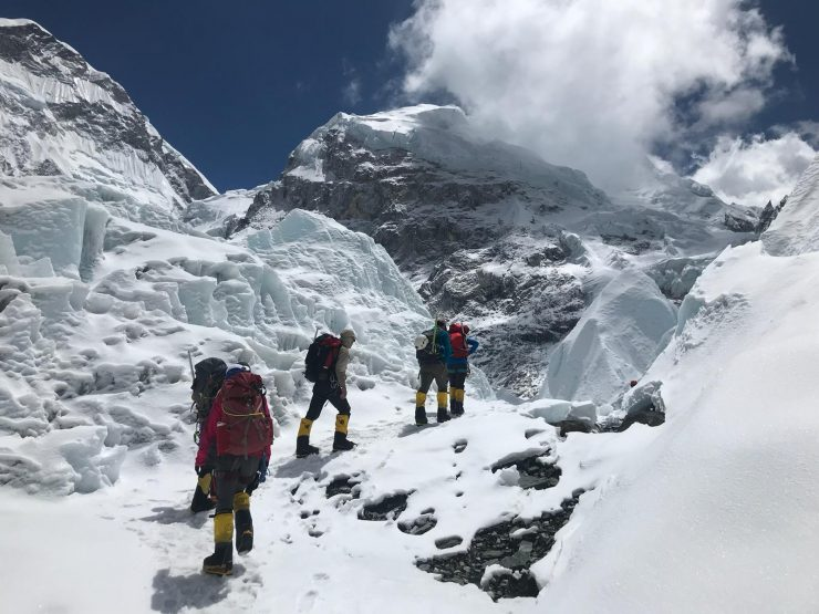 Everest update 13- Everest Ropes School